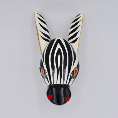 Animal head decoration: a lovely zebra wooden head, handmade in Colombia