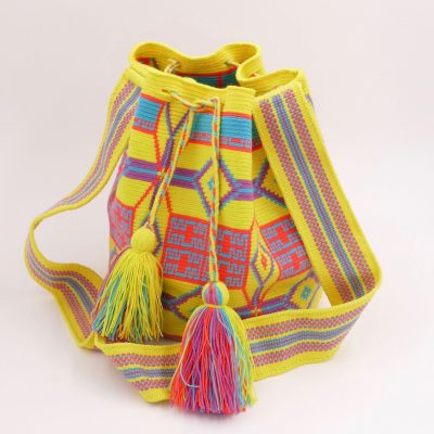 Ethnic bag: chic and colorful, have a unique Wayuu bag to brighten your days