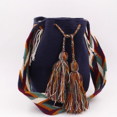 Plain dark blue mochila Wayuu