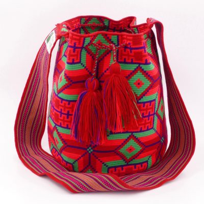 Authentic Wayuu bags, handmade in La Guajira desert in Colombia, by native Wayuu women