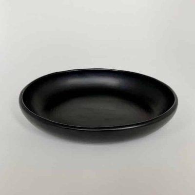 Round black plate La Chamba