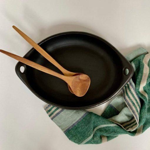 poterie noire plat oval