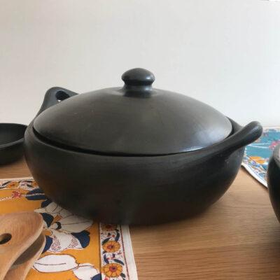 Round cooking pot La Chamba