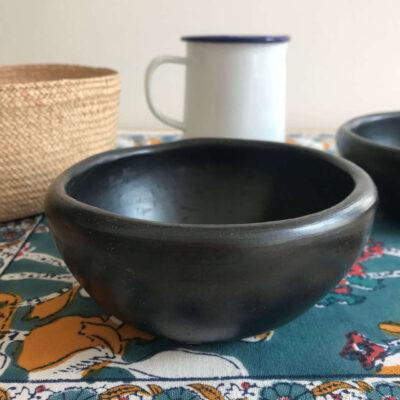Black Colombian pottery