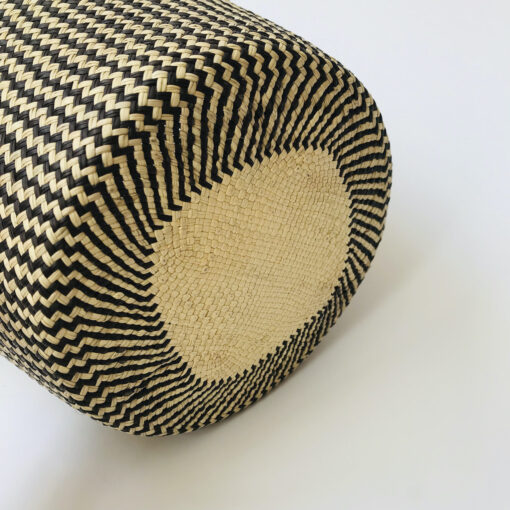 natural basket black