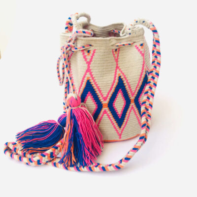 Small ethnic wayuu bag pink