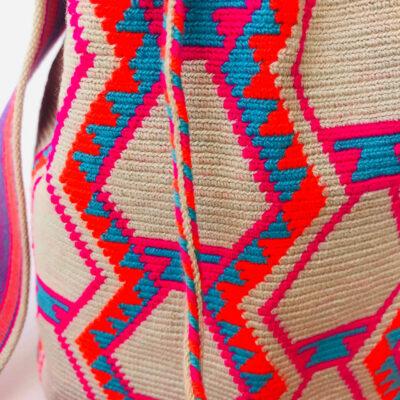Wayuu shoulder bag