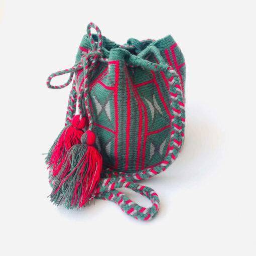 small shoulder wayuu bag